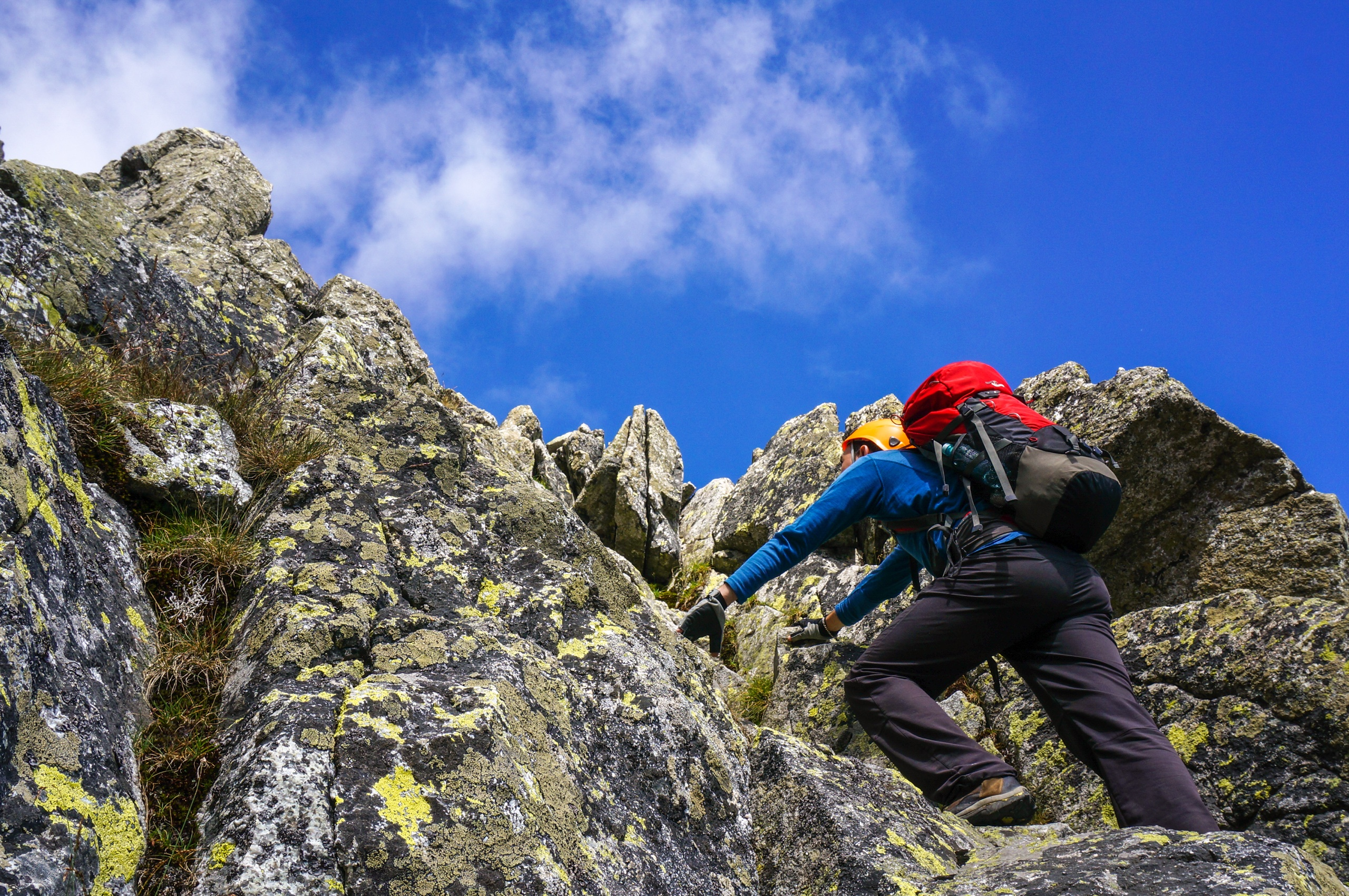 scrambling-easy-terrace-on-dow-crag